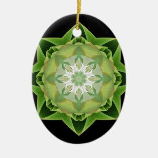 Verde de Stardust del fractal Adorno Navideño Ovalado De Cerámica
