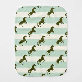 Verde del Celadon y modelo ligeros del caballo de  Paños De Bebé