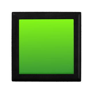 Verde del césped a la pendiente horizontal de Fore Caja De Regalo