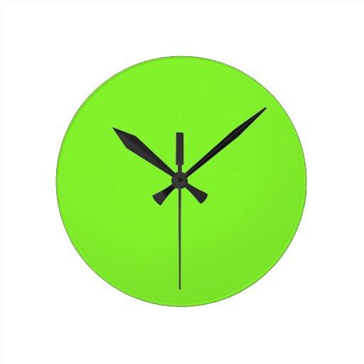 Verde del neón relojes de pared