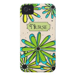 Verde floral artsy y azul de la enfermera iPhone 4 Case-Mate carcasa