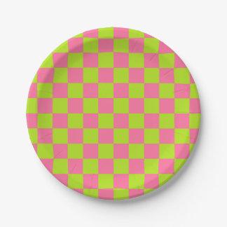 Verde lima a cuadros y rosa plato de papel de 7 pulgadas