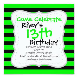 Verde lima de neón brillante y rayas negras invitación 13,3 cm x 13,3cm