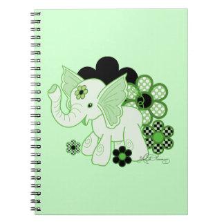 Verde lindo del elefante de Kawaii Spiral Notebook
