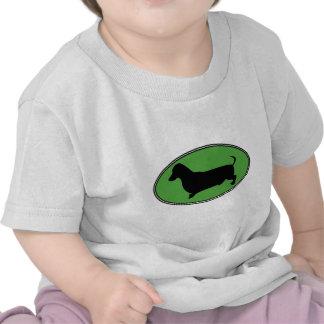 Verde-Llano oval del Dachshund Camisetas