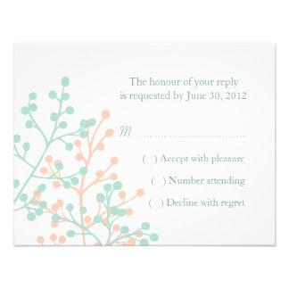 Verde menta y coral que casan tarjetas de contesta invitaciones personales