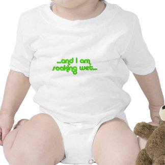 Verde mojado de impregnación traje de bebé