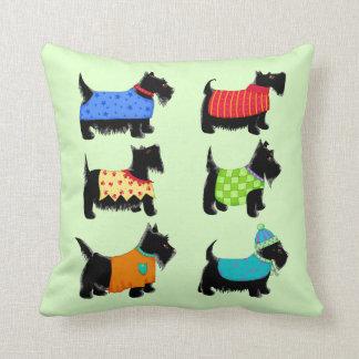 Verde negro de los perros de Terrier del escocés Cojín
