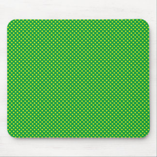 Verde neto del modelo con amarillo tapete de raton