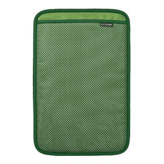 Verde oscuro con los puntos blancos simples funda  MacBook