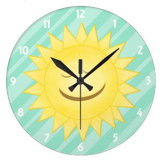 Verde: Reloj feliz de la sol