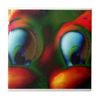 Verde rojo loco de Solarized de los ojos felices Teja