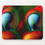 Verde rojo loco de Solarized de los ojos felices Tapete De Raton
