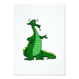 Verde tonto del dragón invitacion personal
