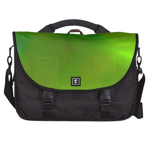 Verde translúcido bolsa de ordenador