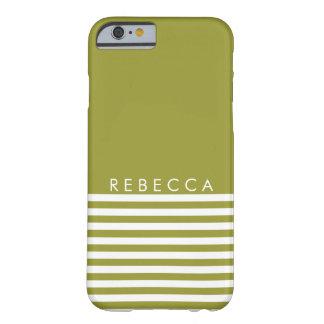 Verde verde oliva, rayado blanco personalizado funda de iPhone 6 barely there