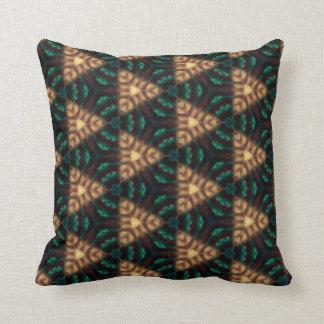 Verde y almohada de tiro modelada oro