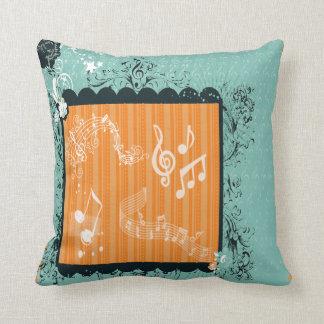 Verde y almohada decorativa musical anaranjada