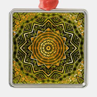 Verde y oro de la mandala adorno navideño cuadrado de metal