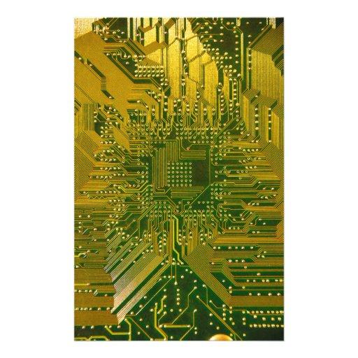 Verde y placa de circuito del ordenador electrónic papelería