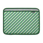 Verde y rayas de la diagonal del trullo funda macbook air