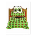 Verde y rojo del dibujo animado de la cama postal