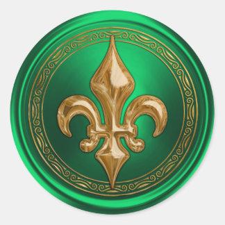 Verde y sello del sobre de la flor de lis del oro pegatina redonda