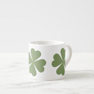 Verde y taza afortunada del café express del trébo taza espresso