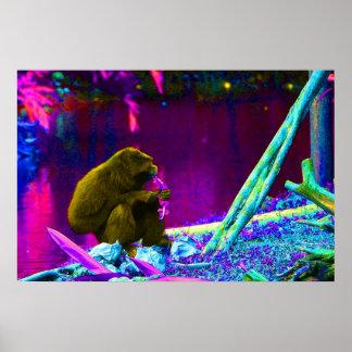 Verdes de la consumición del primate en el borde d póster