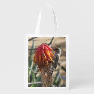Verdin en el flor del áloe bolsa reutilizable