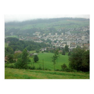Verdor suizo increíble tarjetas postales