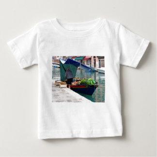 Verdulero flotante en Venecia Remeras