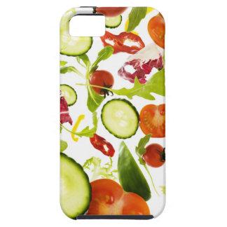 Verduras de ensalada mezclada frescas que caen a iPhone 5 fundas