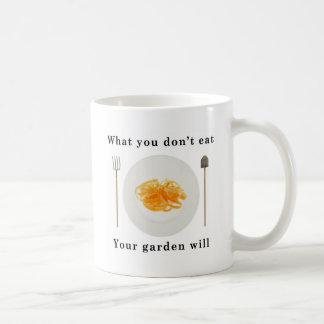 Verduras orgánicas, qué usted no come su jardín tazas de café