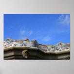 Verjas del mosaico en el parque Guell de Gaudi Póster