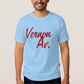 Vernon, Av. T-shirts