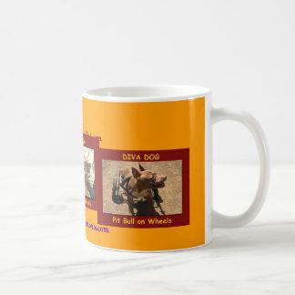 Versión 2 de taza de café del PERRO de la DIVA