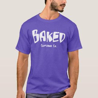 Versión púrpura cocida una del ~ de la camisa de