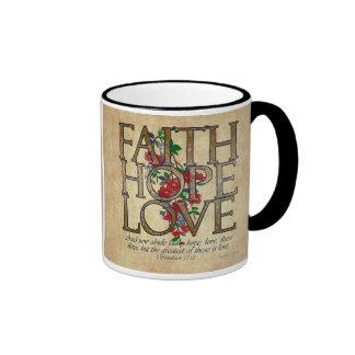Verso cristiano de la biblia del amor de la espera taza
