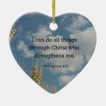 Verso de la biblia, 4:13 de los filipenses adorno de cerámica en forma de corazón