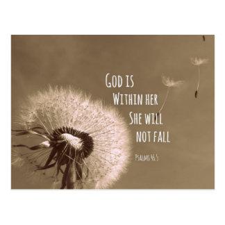 Verso de la biblia: Dios está dentro de ella, ella Tarjeta Postal