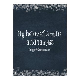 Verso de la biblia: Mi querido es el mío y soy el Invitación 16,5 X 22,2 Cm