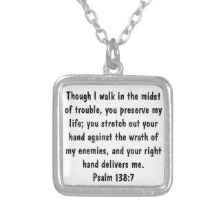 verso de la biblia para el 138:7 del salmo de la p colgante cuadrado