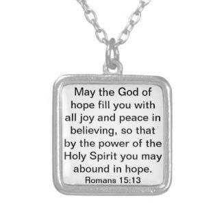 verso de la biblia sobre 15:13 de los romanos de l colgante cuadrado