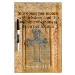 Verso hermoso de la biblia del 31:26 de los prover pizarra