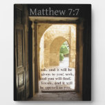 Verso hermoso de la biblia del 7:7 de Matthew Placa De Madera