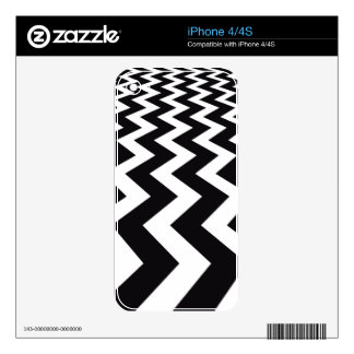 Vertical black and White Chevrons iPhone 4S Skin