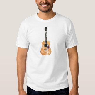 Vertical de la guitarra acústica apenada playera