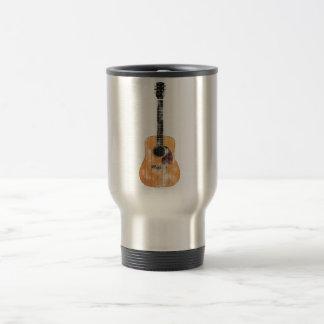Vertical de la guitarra acústica apenada taza de viaje