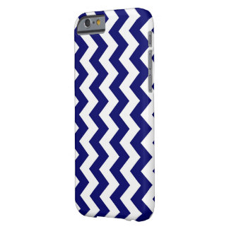 Vertical Navy and White Zigzag Barely There iPhone 6 Case